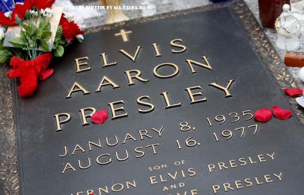 75-летие со дня рождения Элвиса Пресли в Мемфисе, штат Теннесси, 8 января 2010 года.