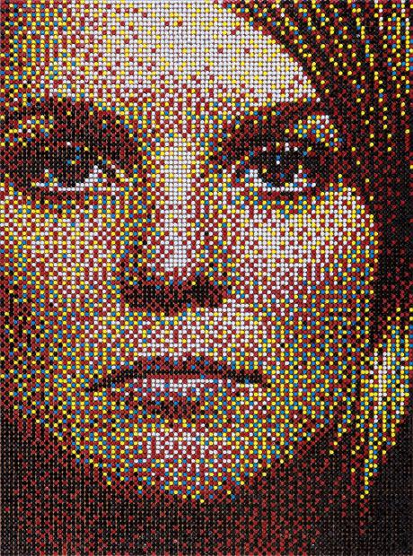 Мозаичные портреты из булавок от Эрика Дэйх (Eric Daigh).