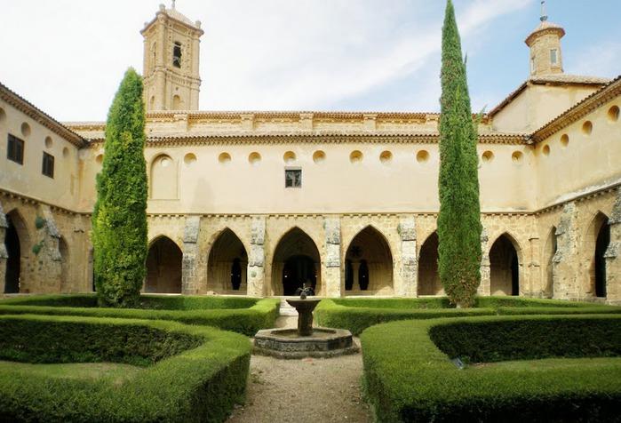 Тайны испанского монастыря - Monasterio de Piedra 12599