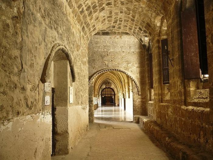 Тайны испанского монастыря - Monasterio de Piedra 92720