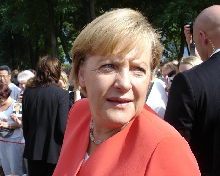Merkel (700x562, 185 Kb)