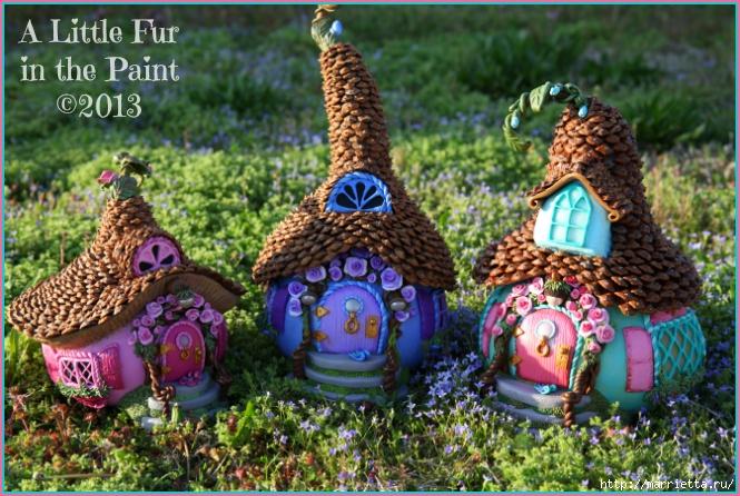 Изумительные сказочные домики из тыквы, полимерной глины и шишек (10) (665x446, 325Kb)