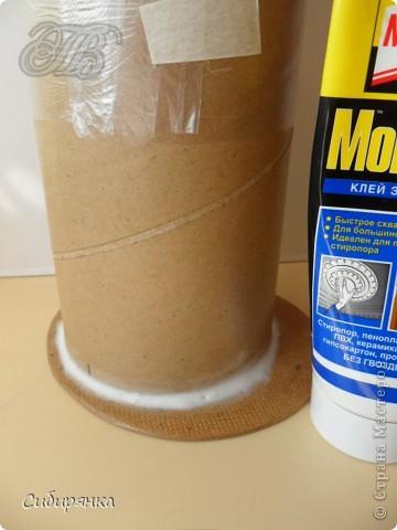 Напольные вазы из шпулек от линолеума (2) (360x480, 123Kb)