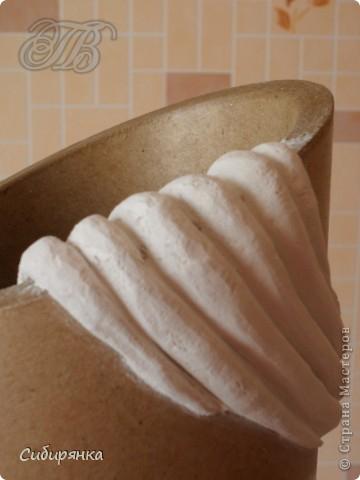 Напольные вазы из шпулек от линолеума (6) (360x480, 108Kb)