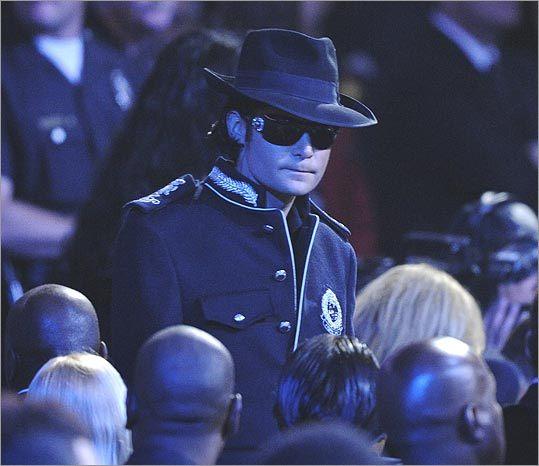 Прощание с Майклом Джексоном (26 фото)