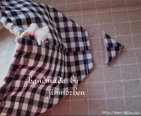 Шитье. Интересный вариант дорожной сумочки-косметички (7) (455x374, 124Kb)
