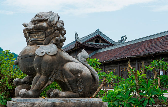 храмовый комплекс Bai Dinh 2 (670x427, 286Kb)