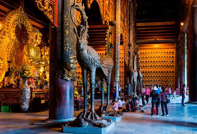 храмовый комплекс Bai Dinh 15 (670x457, 468Kb)