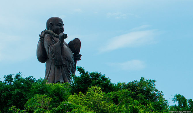 храмовый комплекс Bai Dinh 18 (670x393, 211Kb)