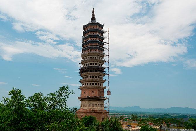 храмовый комплекс Bai Dinh 22 (670x447, 226Kb)