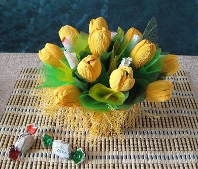 цветы из гофрированной бумаги (5) (390x334, 260Kb)