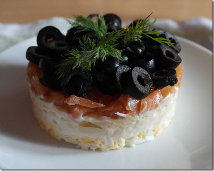 слоеный салат царский