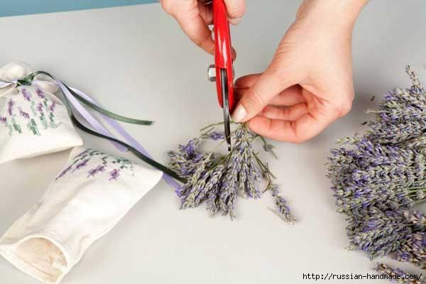 Подушечки саше с вышивкой и запахом лаванды (5) (600x400, 95Kb)