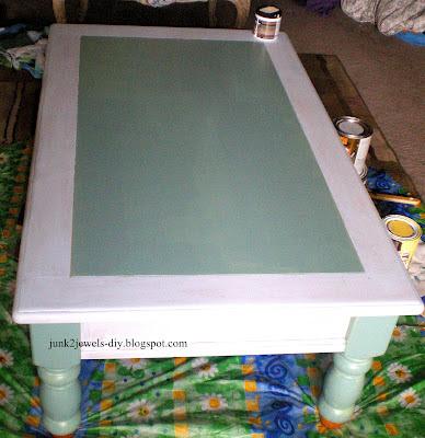 Три варианта переделки мебели. Декорирование журнального столика (8) (388x400, 182Kb)