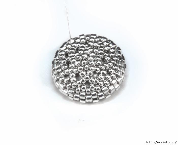Снежинки из бисера с кристаллами Сваровски (4) (700x569, 100Kb)