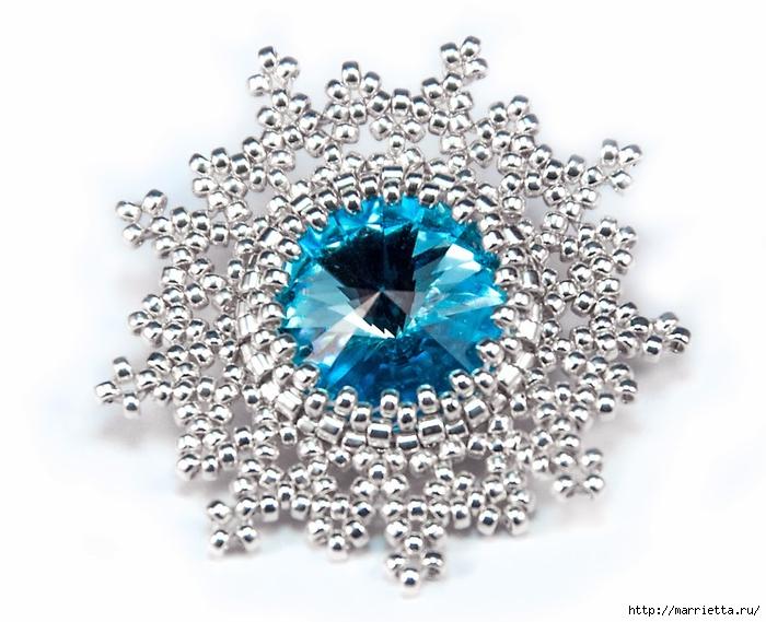 Снежинки из бисера с кристаллами Сваровски (12) (700x569, 243Kb)