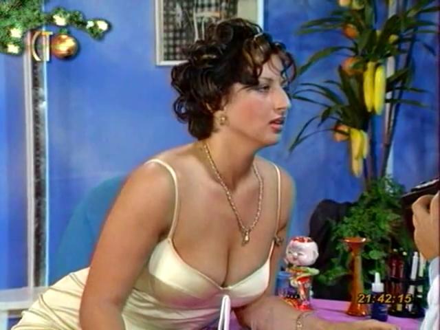 Алика Смехова-Доктор Угол 1996.mp4.0020 (640x480, 280Kb)