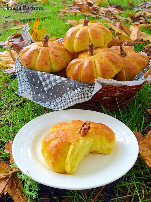 pumpkin buns (525x700, 567Kb)