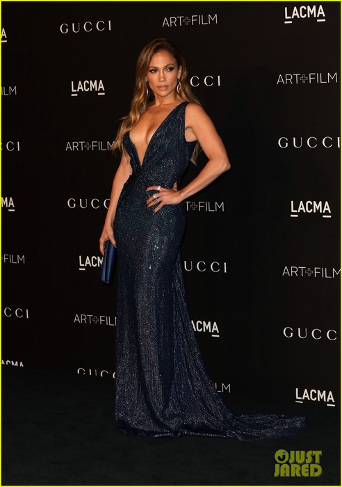 jennifer-lopez-lacma-gala-los-angeles-03 (492x700, 67Kb)