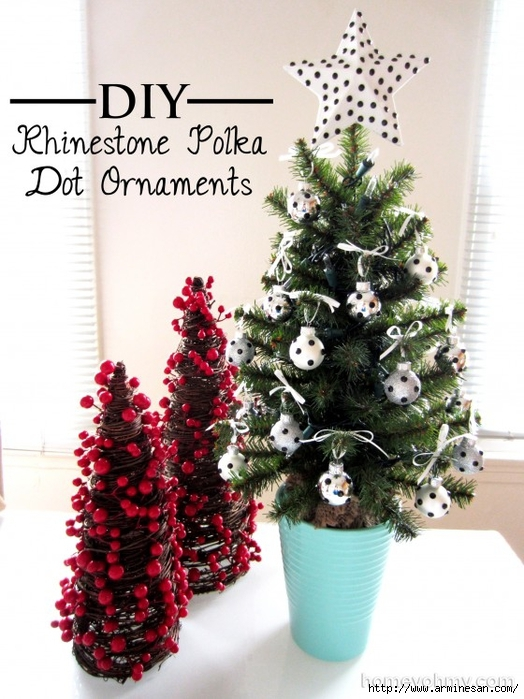 Mini-Christmas-tree-with-DIY-Rhinestone-Polka-Dot-Ornaments-e1385778380792 (524x700, 271Kb)