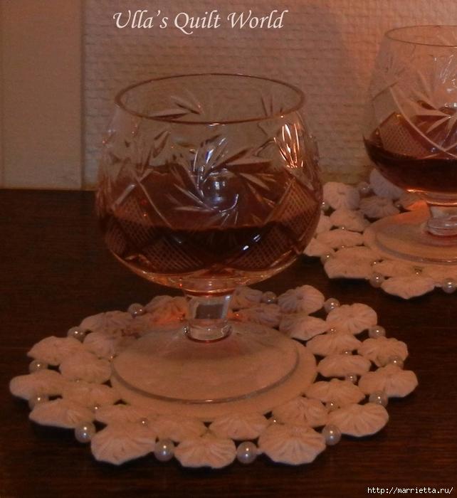 Панно с елочкой и салфетки из цветочков ЙО-ЙО (6) (642x700, 282Kb)