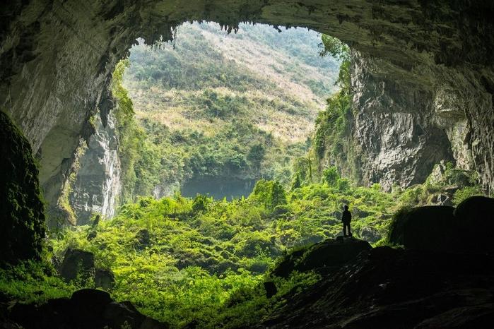 пещера в китае 1 (700x466, 300Kb)