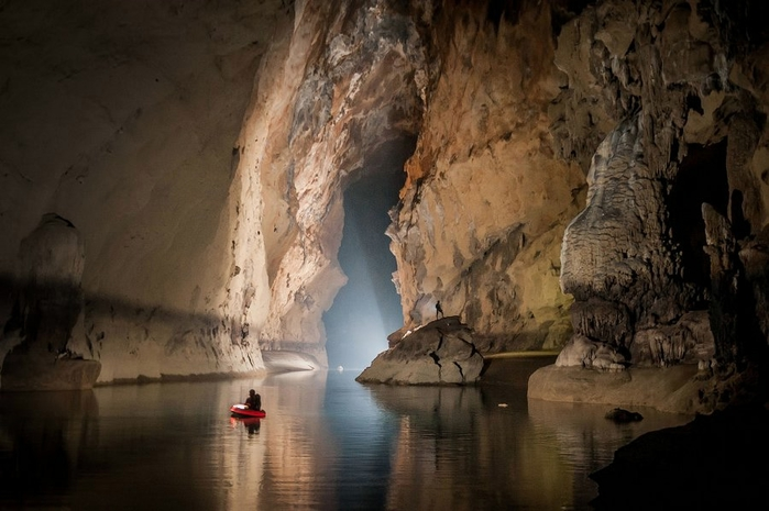 пещера в китае 7 (700x465, 214Kb)