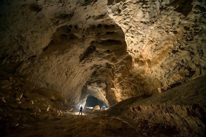 пещера в китае 11 (700x466, 269Kb)