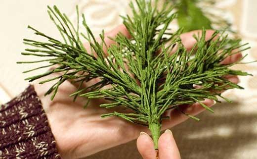 How-to-DIY-Mini-Crepe-Paper-Christmas-Tree6 (520x321, 101Kb)