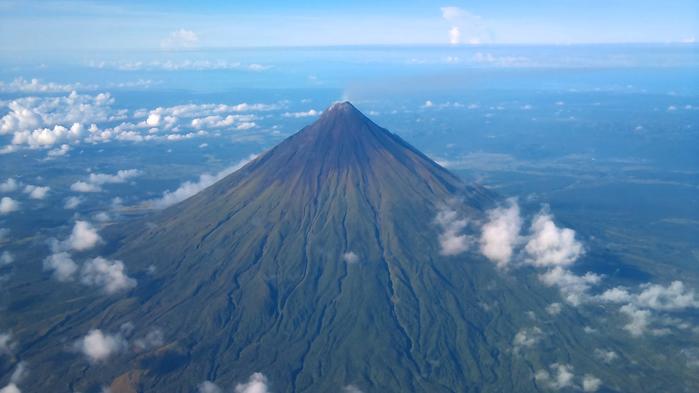 вулкан Майон фото 1 (700x393, 264Kb)