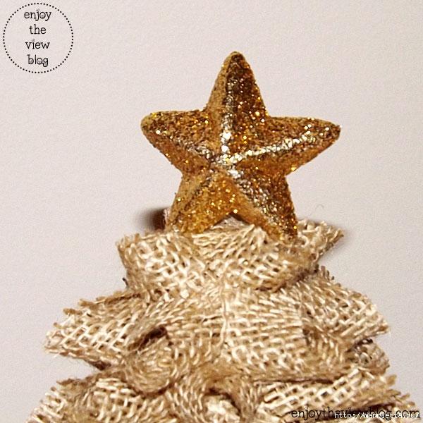 Новогодние елки из мешковины (15) (600x600, 231Kb)