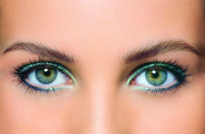 84540308_beautiful_woman_eyes_03 (700x460, 36Kb)