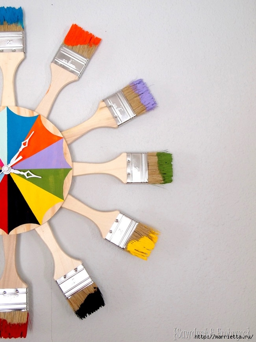 Креативные часы из кисточек и разноцветной краски (12) (524x700, 213Kb)