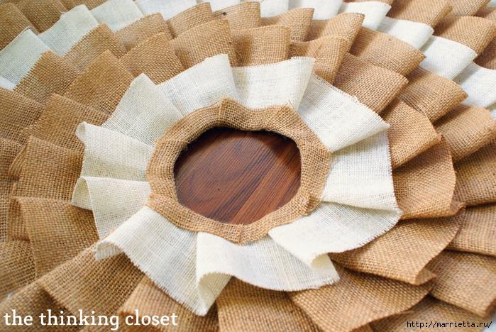 Как сшить юбочку для новогодней елки. Мастер-класс (5) (700x468, 371Kb)