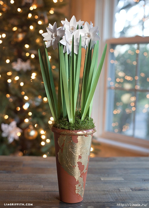 DIY_Metallic_Paper_Paperwhites1 (500x700, 281Kb)