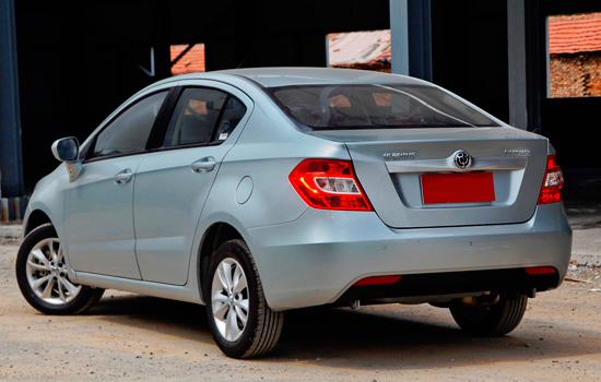 Brilliance-H230-sedan (550x350, 156Kb)