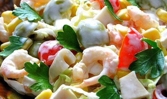 Vkusnyiy-salat-s-kalmarami-i-krevetkami (550x327, 216Kb)