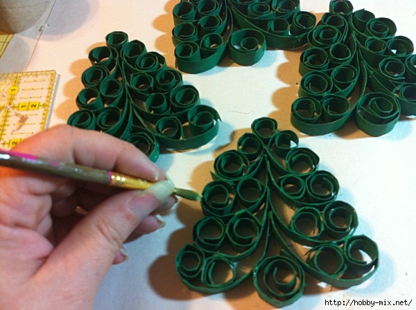quilled-christmas-tree-napkin-rings3 (600x448, 179Kb)