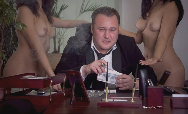 Chef with whores (600x363, 322Kb)