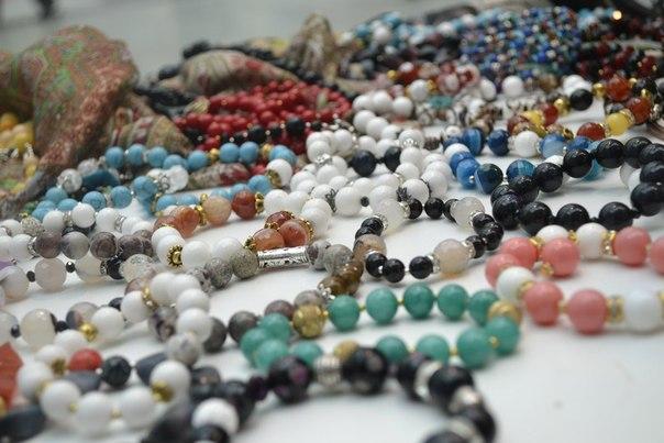 Подарки-украшения из натуральных камней для родных и близких на новогодние праздники! А почему бы и нет!