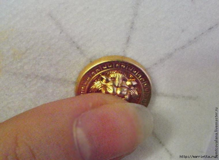 Бисероплетение. Стильные серьги из пуговицы (9) (700x513, 201Kb)