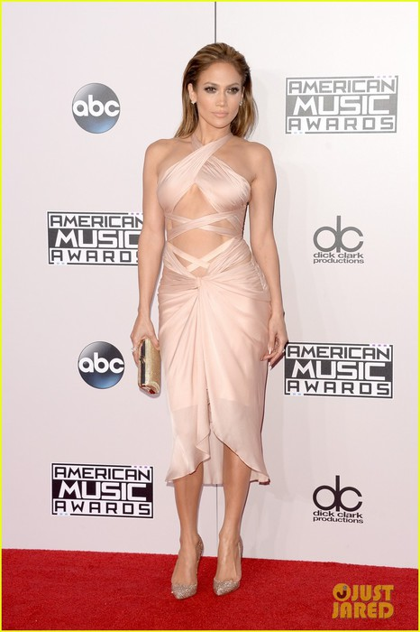jennifer-lopez-american-music-awards-02 (466x700, 66Kb)