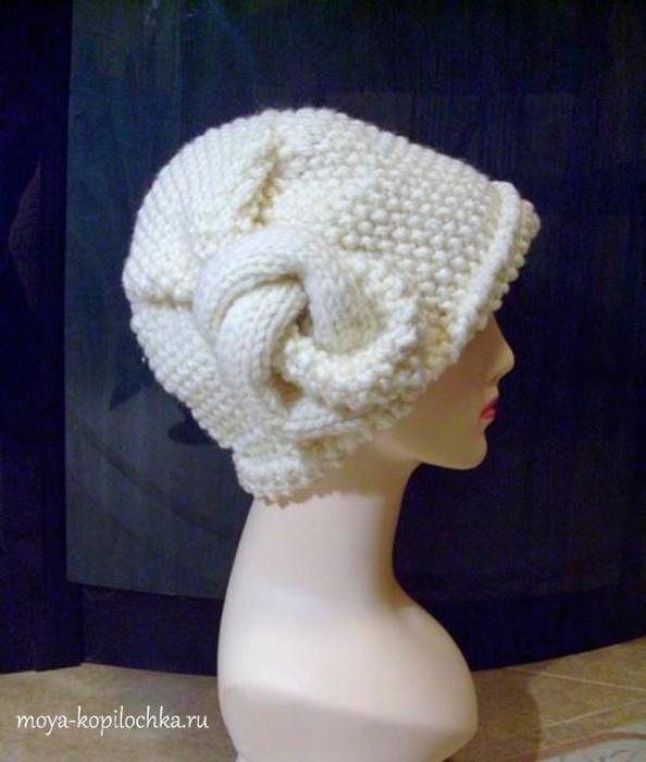 Красивая вязаная шапочка, украшенная оригинальным узлом/1783336_p_5230 (594x700, 265Kb)