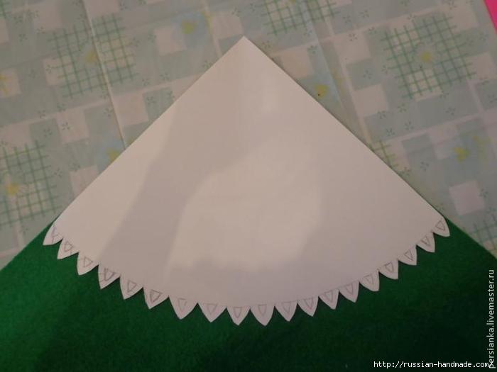 Новогодняя елочка в розочках. Мастер-класс (6) (700x525, 141Kb)