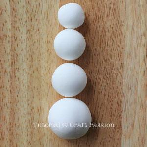 Веселый снеговик. Брелок для ключей из полимерной глины (3) (300x300, 70Kb)