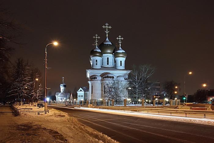 Церковь ВВедения Богородицы в Москве (700x468, 90Kb)