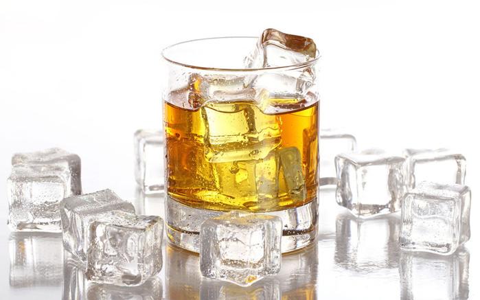 alcohol_10 (700x437, 92Kb)