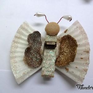 Бабочки из прищепок и бумажных стаканчиков для кексов (10) (300x300, 73Kb)