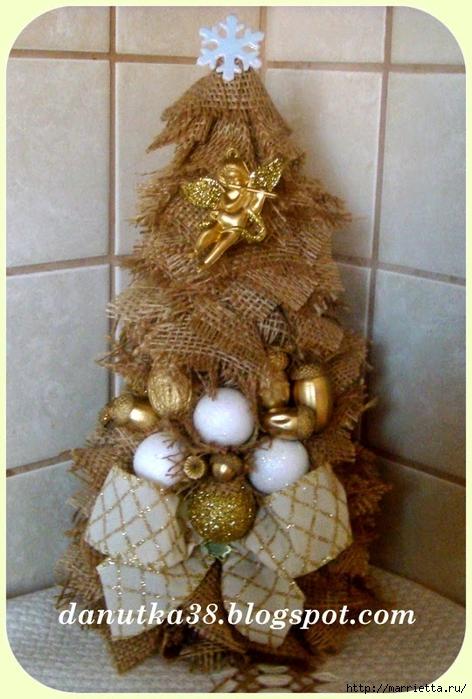 Новогодние елки и подсвечник из мешковины (3) (472x700, 274Kb)