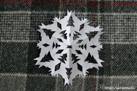 шаблоны снежинок из бумаги (31) (540x360, 164Kb)